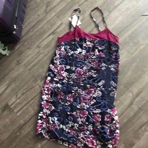 Dresses & Skirts - Colorful shift dress